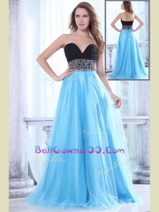 Romantic Sweetheart Beading Brush Train Luxurious Military Ball Gowns for Graduation