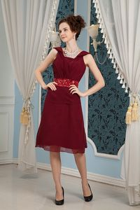 Wine Red Knee-length Ruche Gown for Military Ball with Beaded Waist
