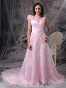 Pretty V-neck Pink Long Formal Dresses with Flowers and Appliques