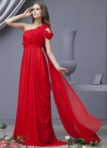 Chiffon Draped Red Military Ball Attire with One Shoulder Flowers