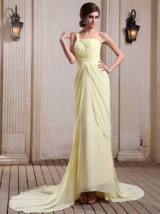 Sweep Train Yellow Chiffon Military Ball Gowns with Single Shoulder