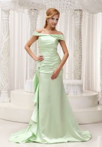 Off The Shoulder Yellow Green Ruched Train Military Ball Gown