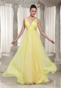 Sexy Light Yellow Ruches V-neck Chiffon Military Ball Dress