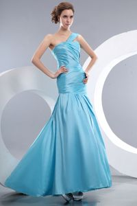 Cheap Mermaid Aqua Blue Military Ball Attire in Ruched One Shoulder Style