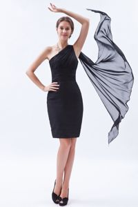 One Shoulder Black Gown For Military Ball with Ruches in Chiffon